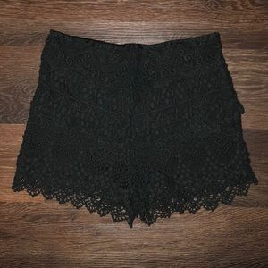 Black size 4 urban outfitters shorts